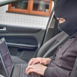 EUA: relatório diz que é fácil piratear carros recentes e provocar acidentes